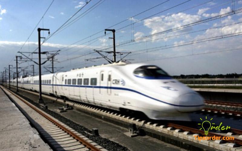 Vận chuyển hàng hoá về Việt Nam bằng tàu cao tốc