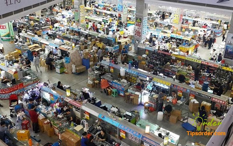 Chợ phụ kiện điện thoại Thiên Hà