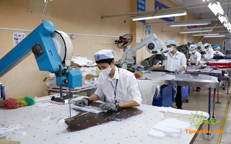 Đặt hàng xưởng may Trung Quốc mang về nhiều lợi ích