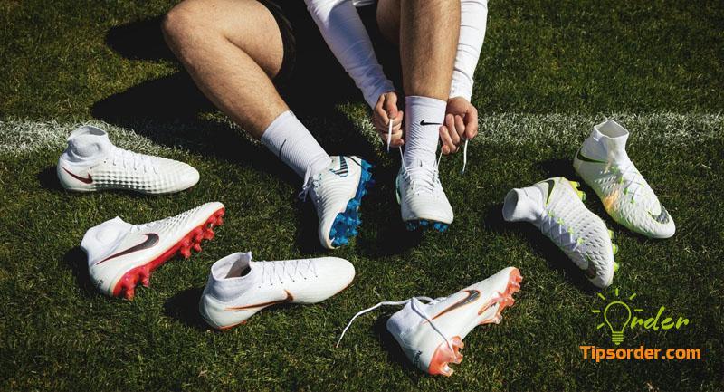 """Kinh doanh giày đá bónglà ngành hàng không bao giờ hết """"HOT"""""""