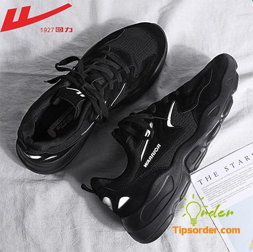 Đôi sneaker hầm hố của hãng giày sneaker nội địa Trung Quốc Warrior.